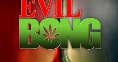 Evil Bong 1